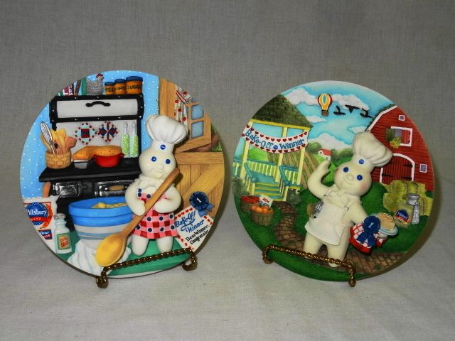 8 DANBURY MINT PILLSBURY DOUGHBOY THREE DIMENSIONAL COLLECTO