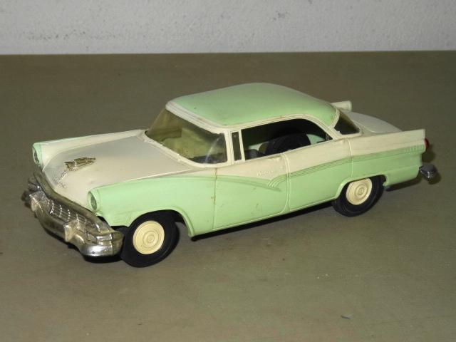 Vintage amt 1956 ford victoria fairlane 4 door hardtop promo for 1956 ford fairlane 4 door hardtop