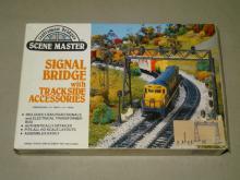 SCENE MASTER HO SIGNAL BRIDGE WITH TRACKSIDE ACCESSORIES SET