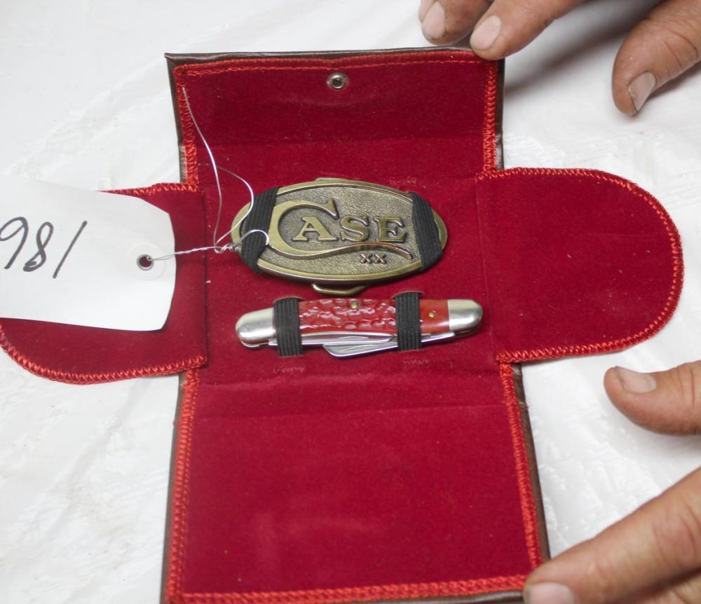 3 Blade Case XX & Case XX Belt Buckle w/Leather Case