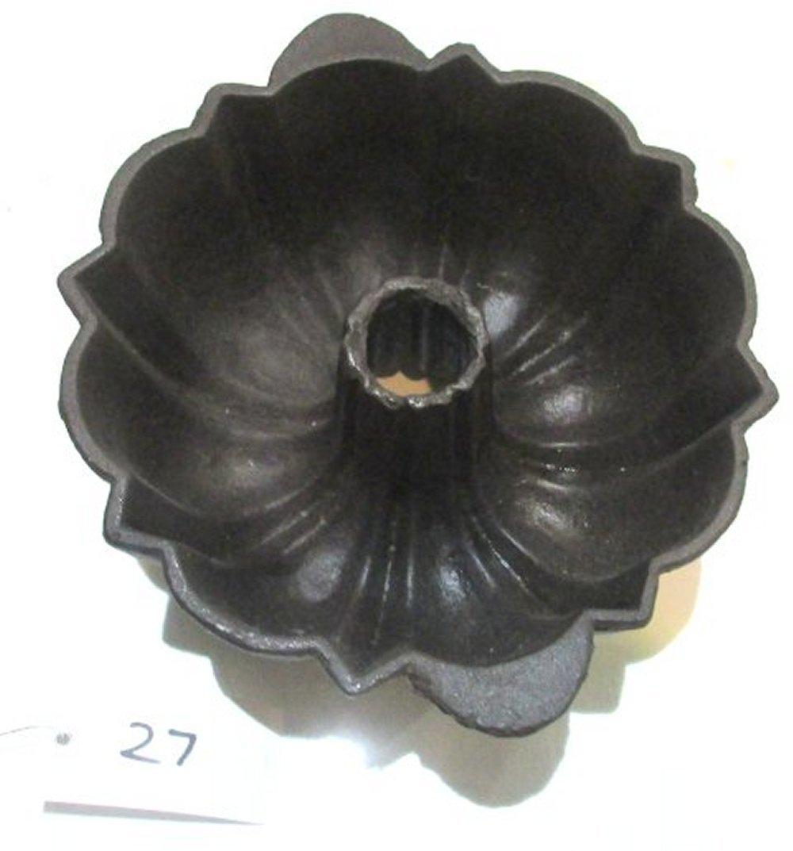 Unmarked Bundt Pan