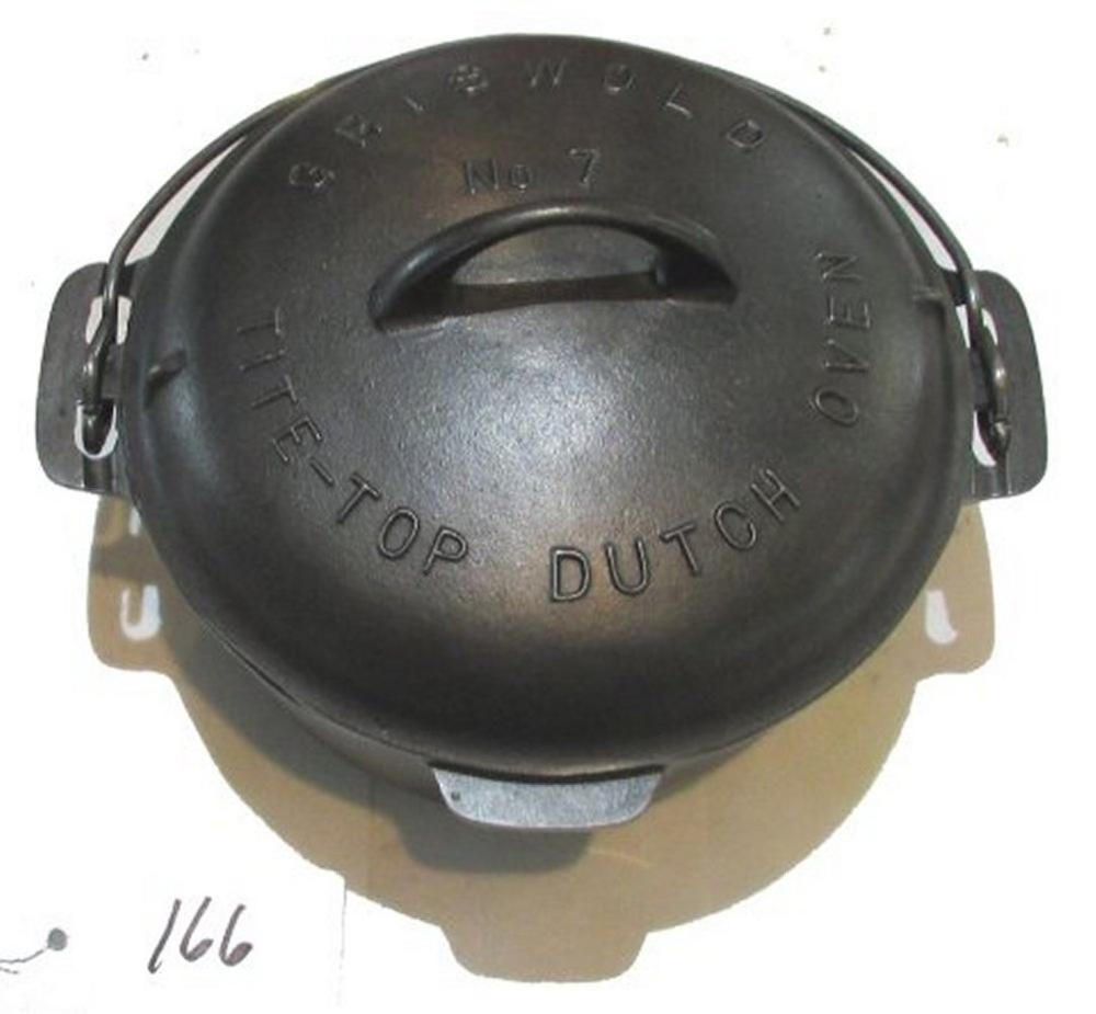 #7 Griswold Dutch Ovenwith High Dome Lid