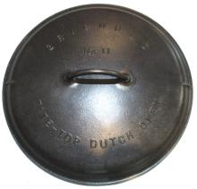 Lot 328: #11 Griswold Dutch Oven
