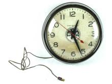 2 General Electric, Electric Wall Clocks