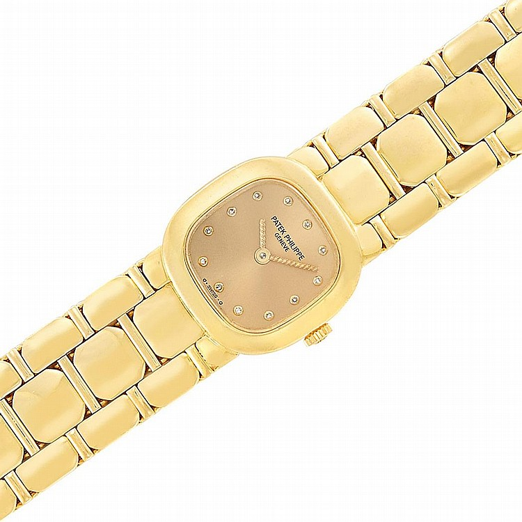 Lady''s Gold Wristwatch, Patek Philippe, Ref. 4719