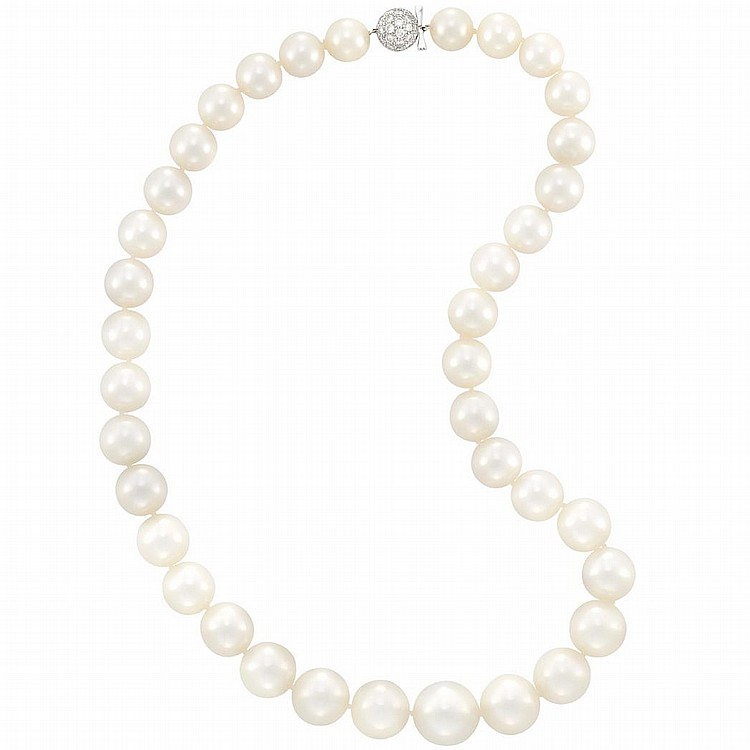 South Sea Cultured Pearl Necklace with White Gold and Diamond Ball Clasp