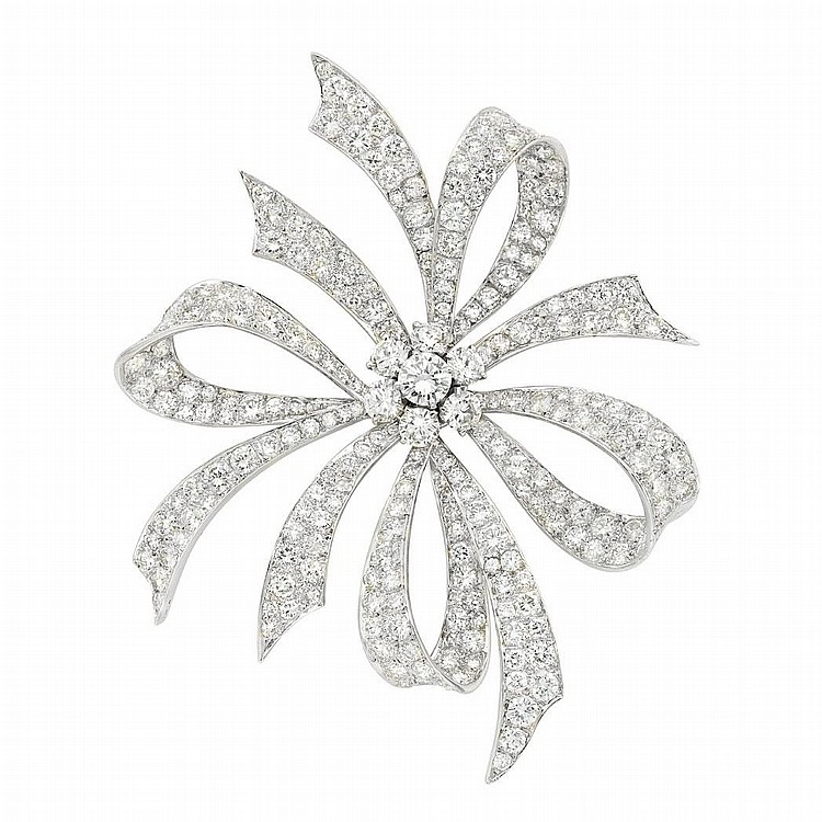 Platinum and Diamond Bow Clip-Brooch, Van Cleef & Arpels