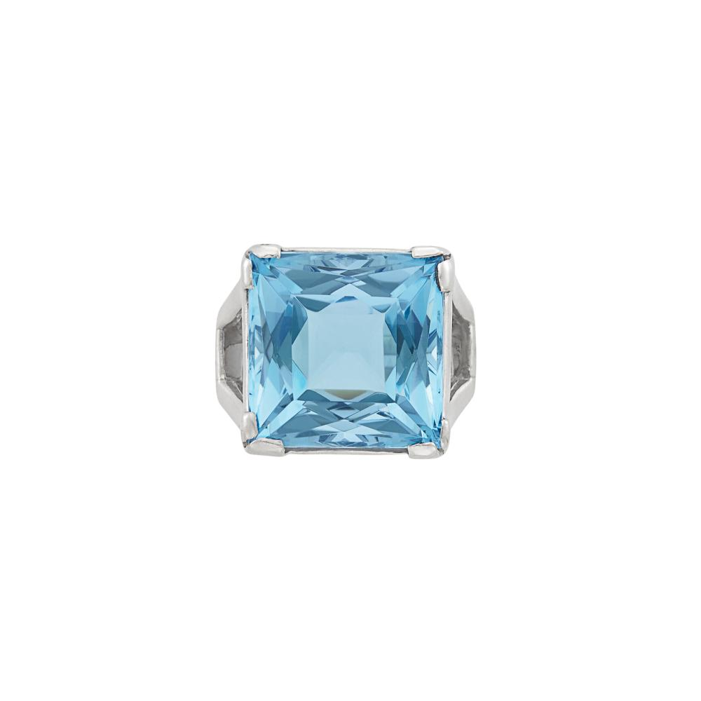 Platinum and Aquamarine Ring