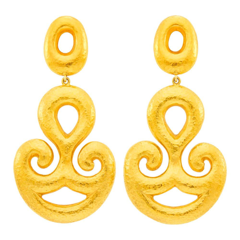Ilias Lalaounis Pair of Hammered Gold Pendant-Earclips