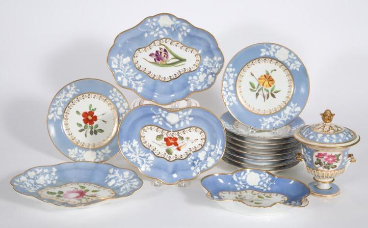 Chamberlain''s Worcester Porcelain Dessert Service