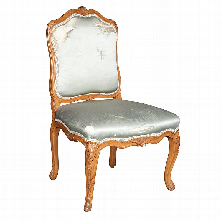 Louis xv beechwood chaise a la reine for Chaise louis xv