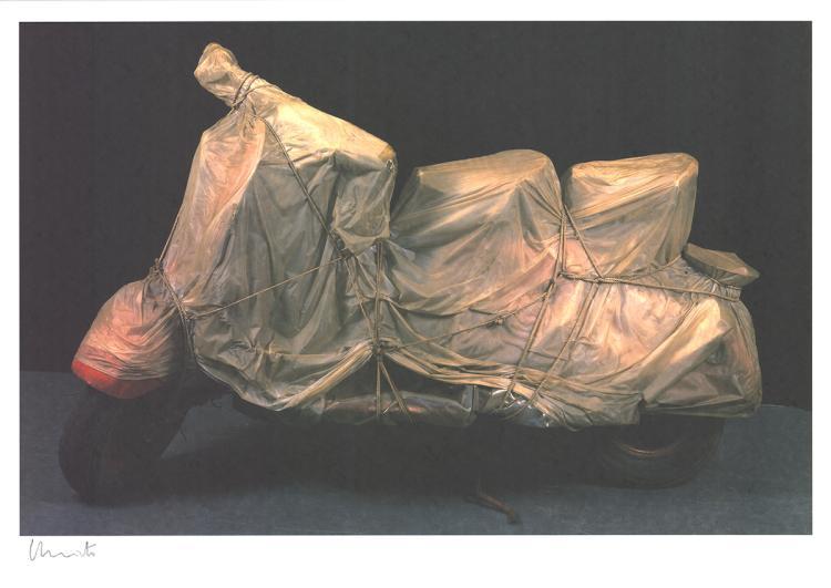 Javacheff Christo - Wrapped Vespa - 2009 - SIGNED