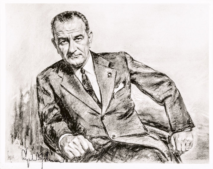 LYNDON B JOHNSON Photograph Signed as President