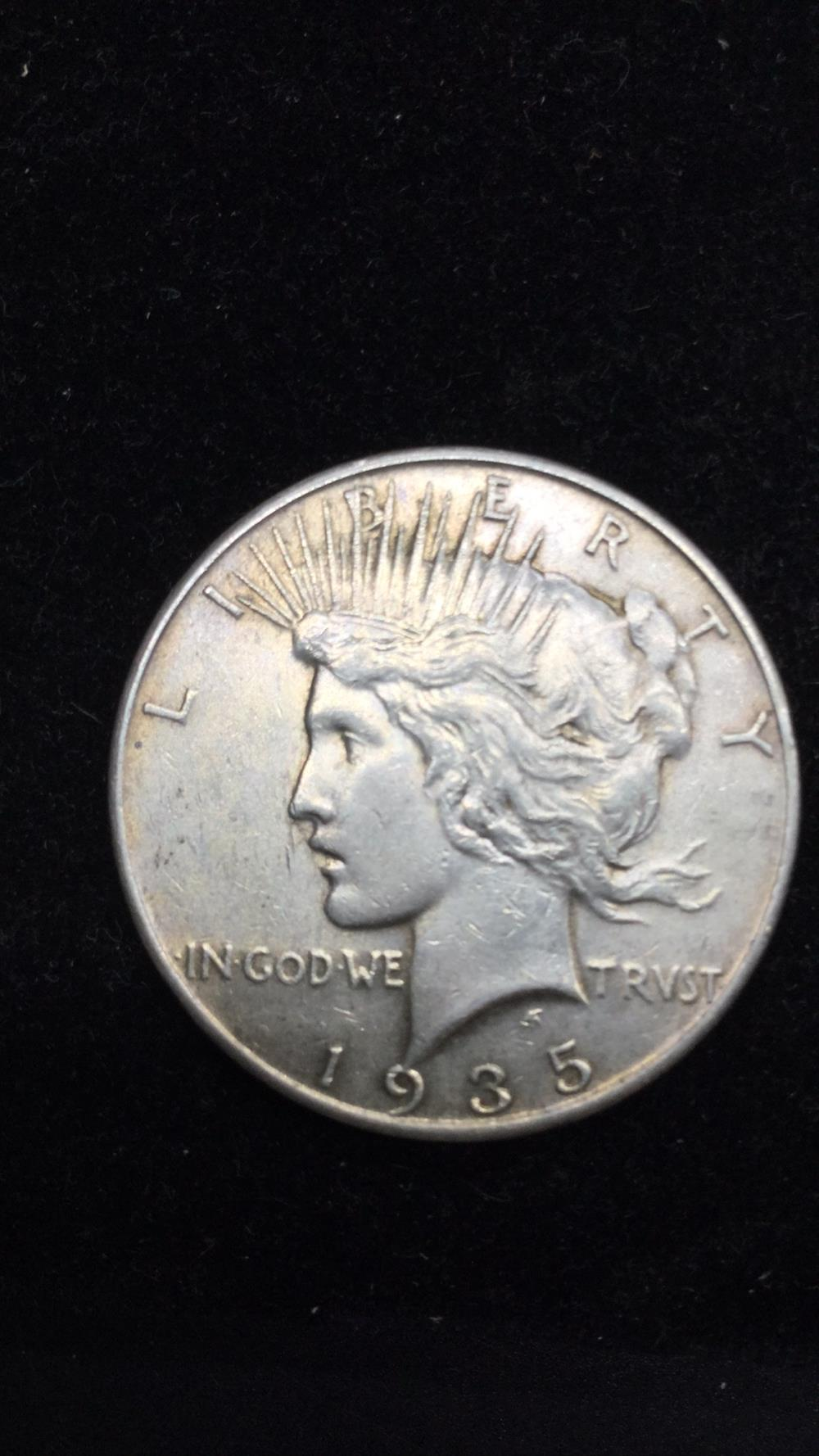 Lot 30: Peace Dollar 1935