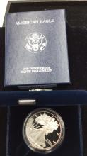 Lot 67: United states mint American eagle 1 ounce silver