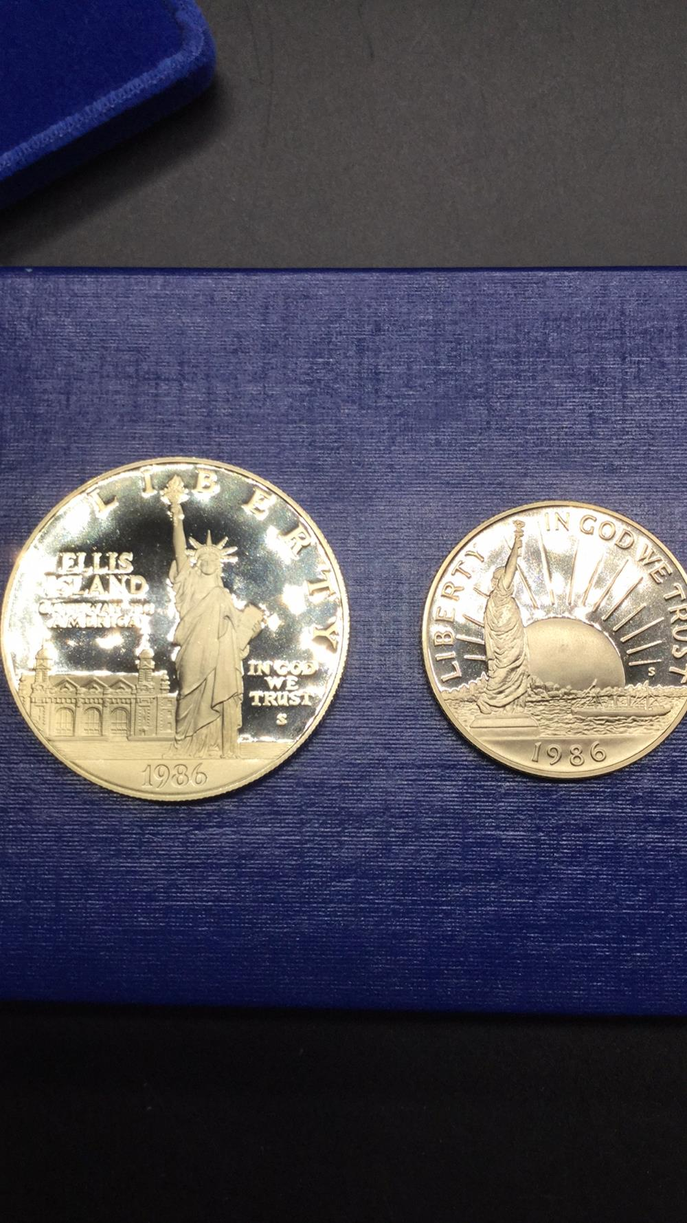 Lot 95: United States liberty coin set