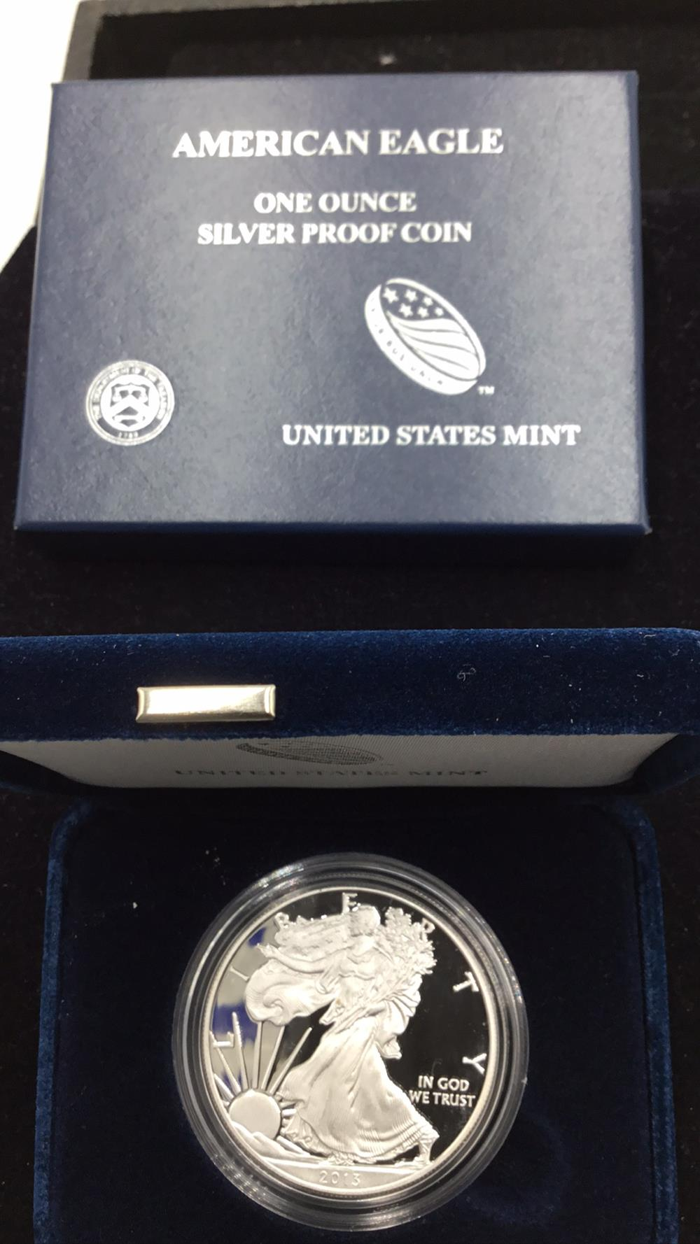 Lot 110: United states I mint American eagle 1 ounce