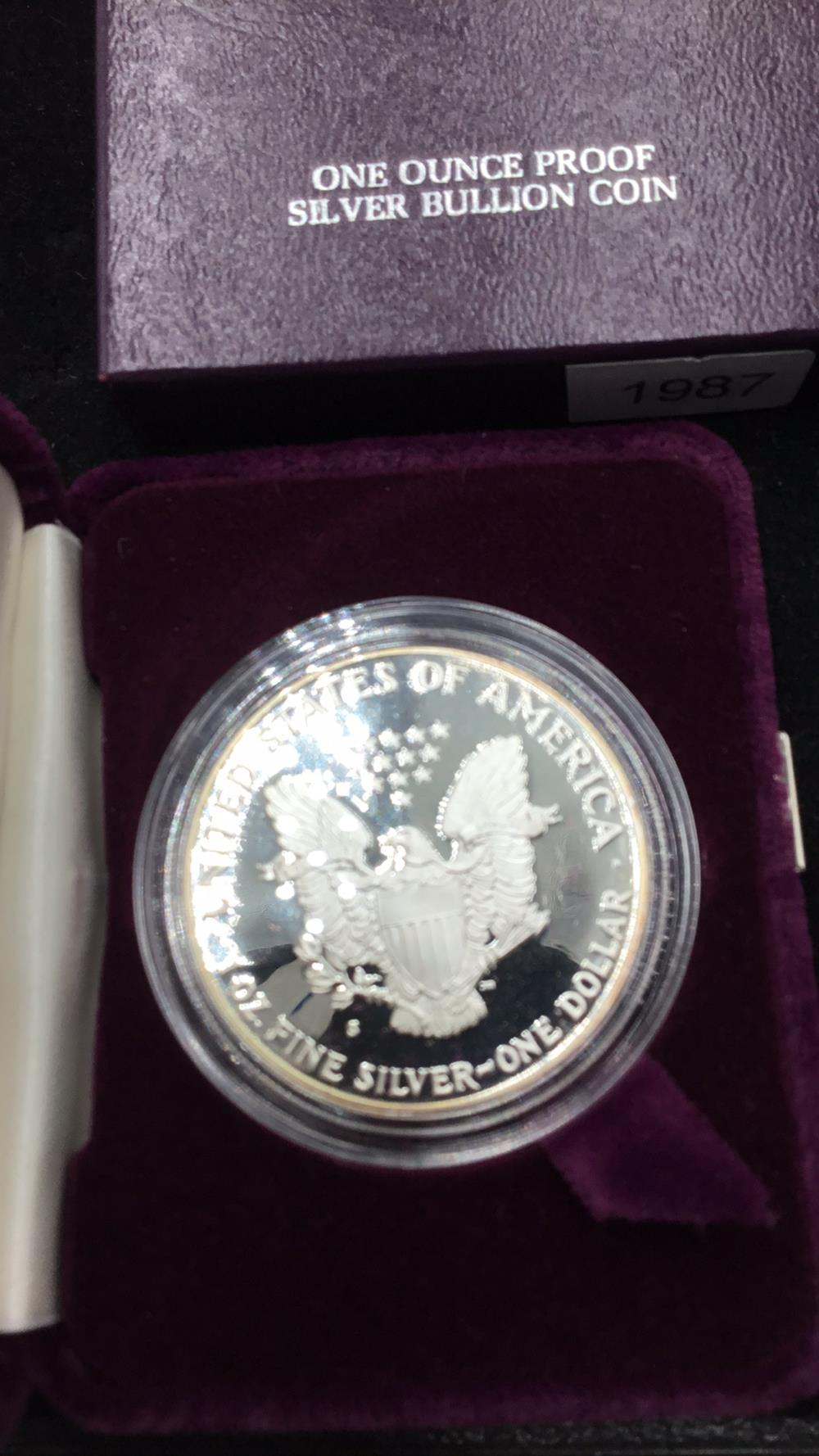 Lot 132: American eagle 1 ounce proof silver bullion coin