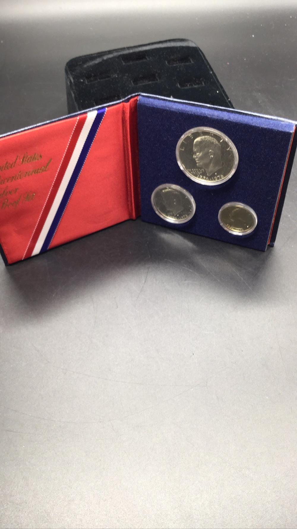 Lot 142: Bicentennial silver proof set