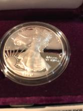 Lot 151: 1990 American eagle .999 silver one troy ounce