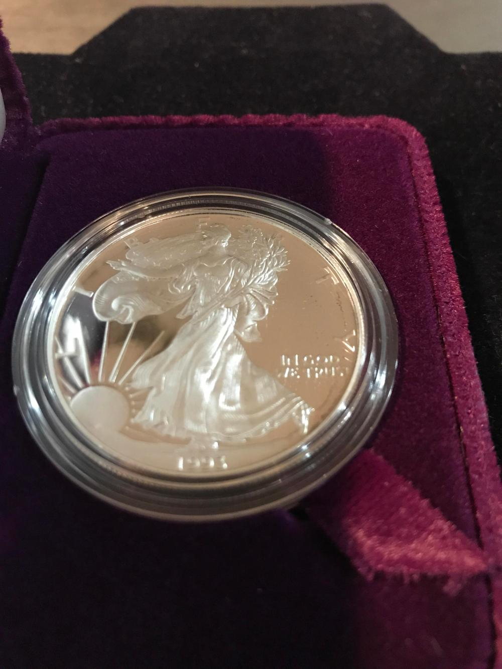 Lot 154: 1993 silver American eagle one dollar coin proof