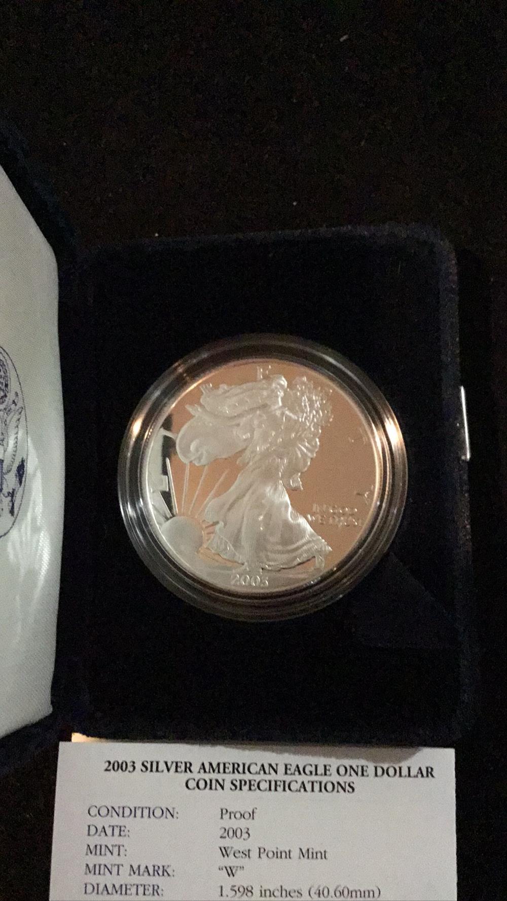 Lot 164: American eagle 1 ounce proof silver bullion coin