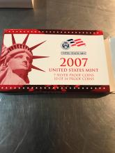 Lot 166: 2007 United States mint presidential one dollar