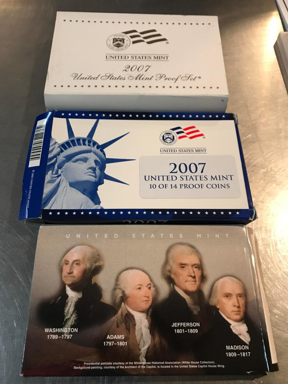 Lot 172: 2007 United States mint presidential one dollar