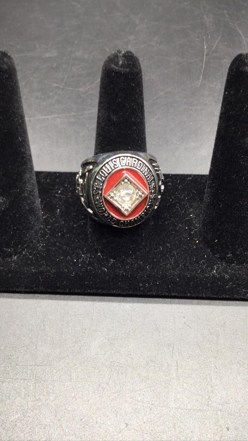 St. Louis cardinals championship ring