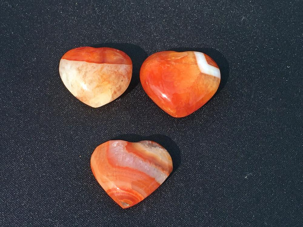 Lot 44: Agate, Rock, Crystal, Natural, Décor, Collectible, Carving, Heart