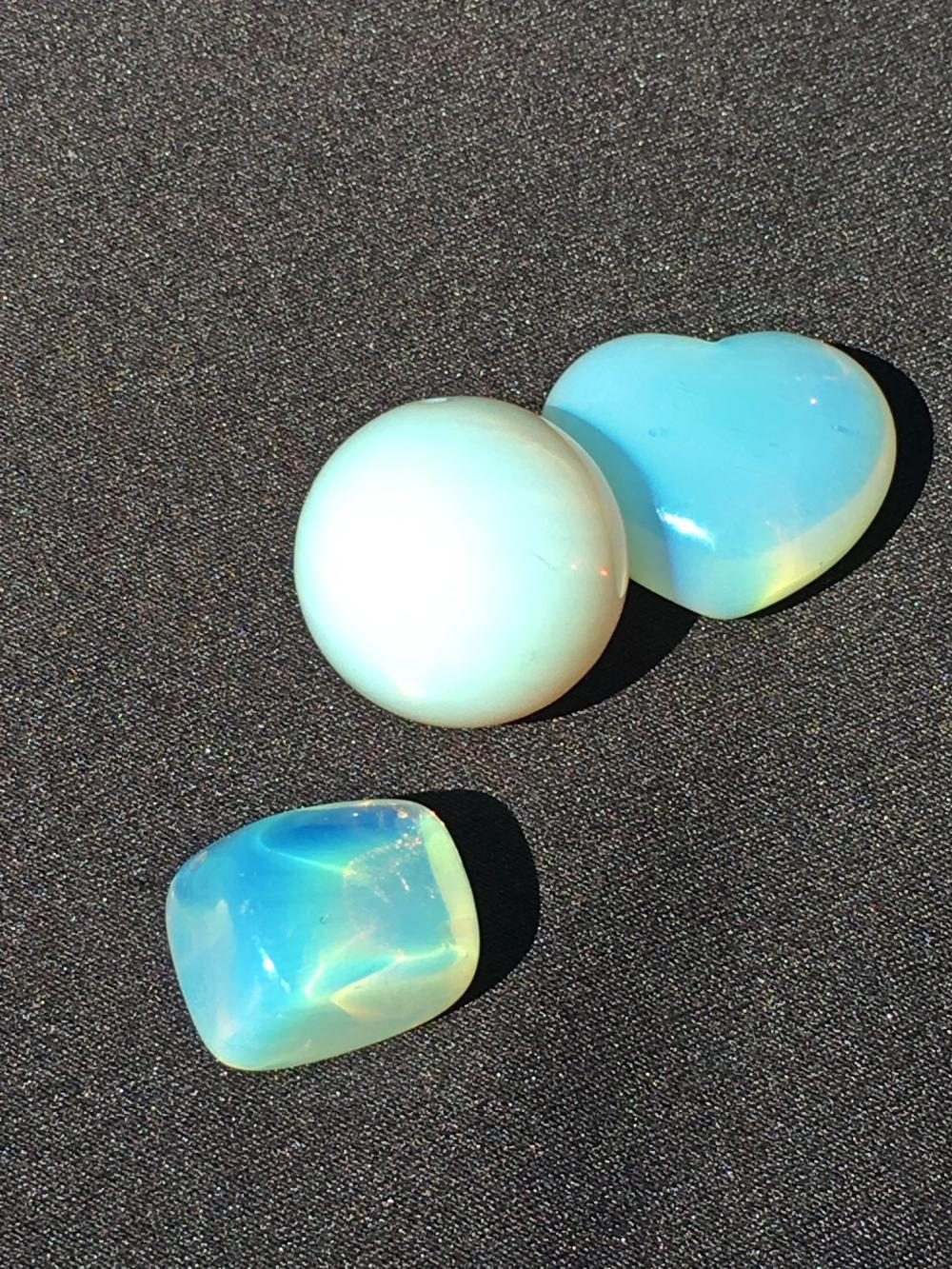 Lot 176: Opalite, Glass, Natural, Collectible, Carving, Heart, Sphere