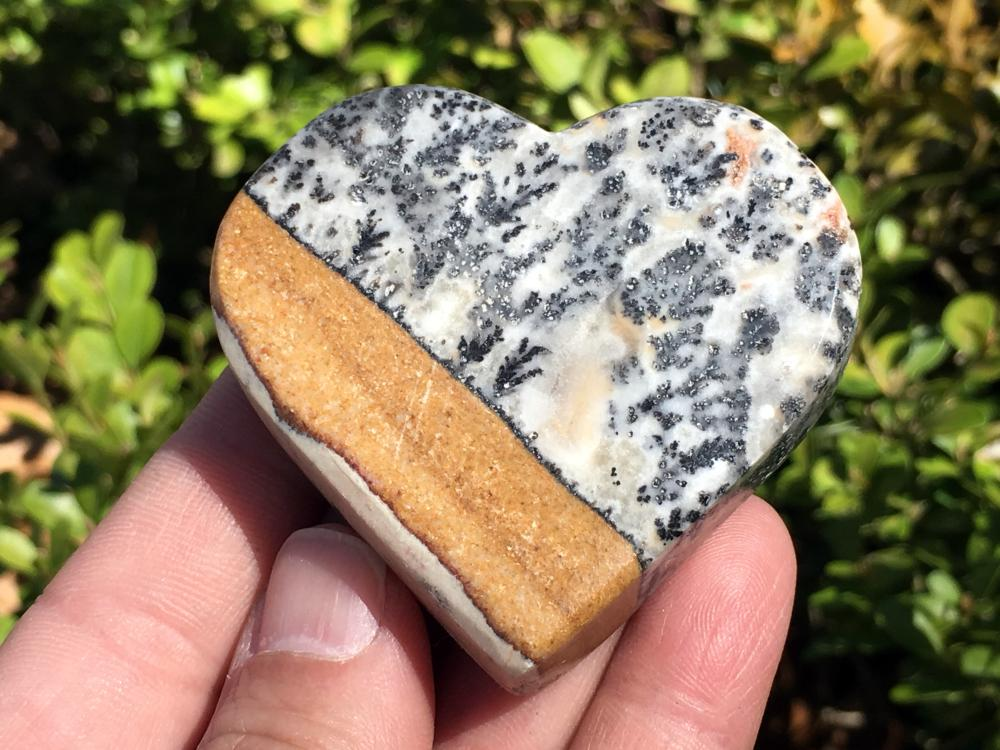 Dendrite, Rock, Crystal, Natural, Collectible, Fluroescent, Mineral, Carving, Heart