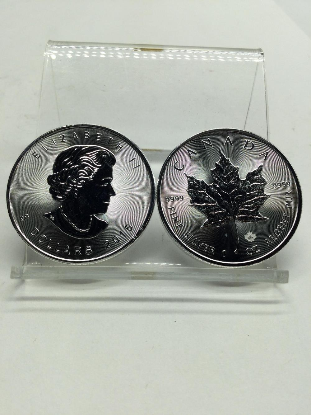 2 Canadian 1 Argent Ounce Fine Silver Coins