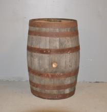WINE / WHISKEY BARREL WITH SPOUT - 20