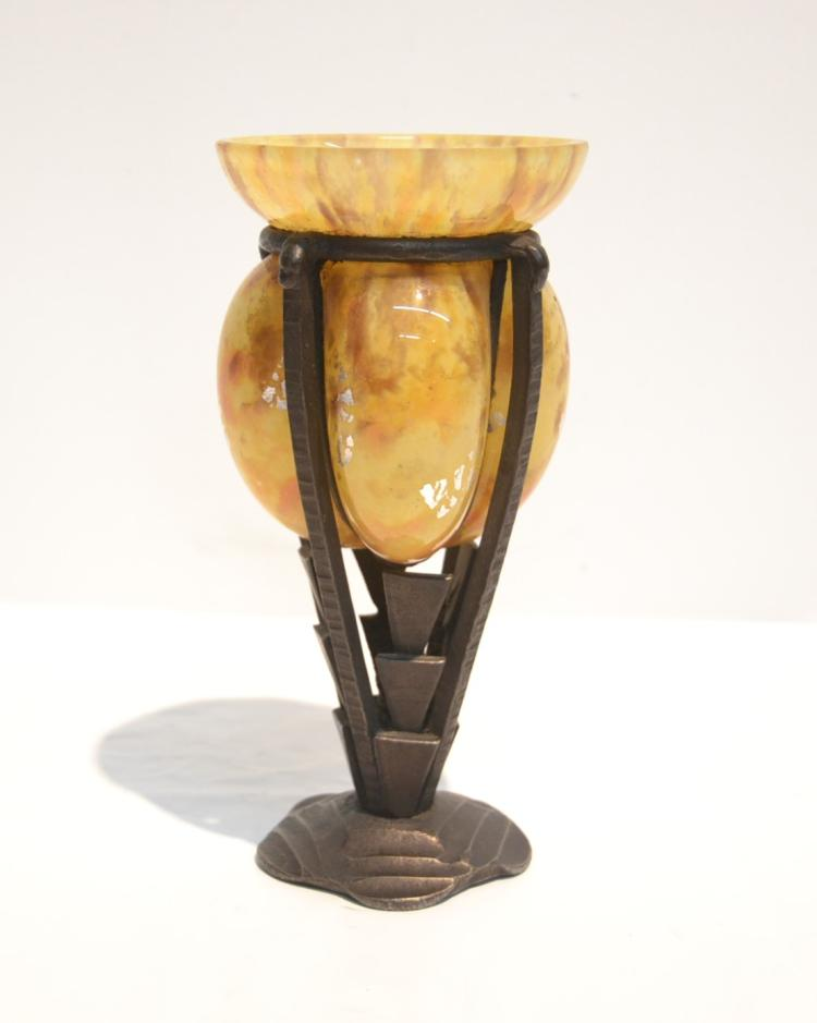 ANTIQUE ART GLASS & IRON FRAME VASE - 3