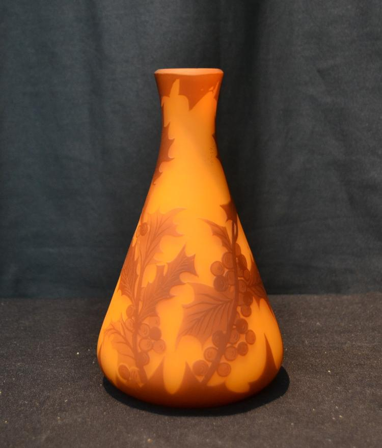RICHARD CAMEO ART GLASS VASE - 4