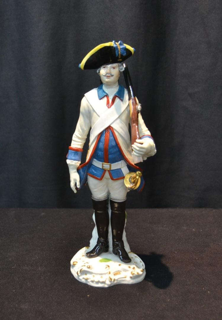 MEISSEN PORCELAIN FRENCH SOLDIER - 3