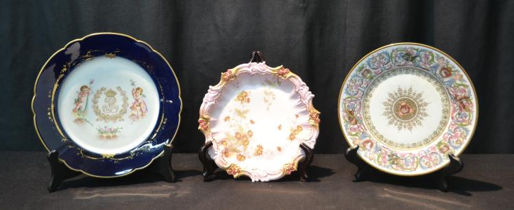 HAND PAINTED SEVRES ST. CLOUD CHATEAU PLATE WITH