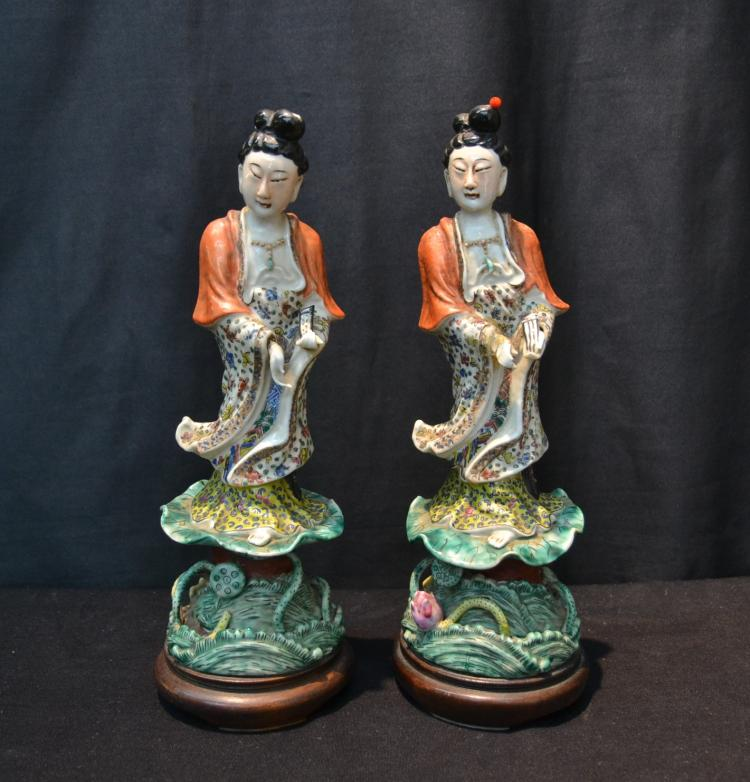 (Pr) CHINESE PORCELAIN FIGURES OF WOMEN ATOP LILY