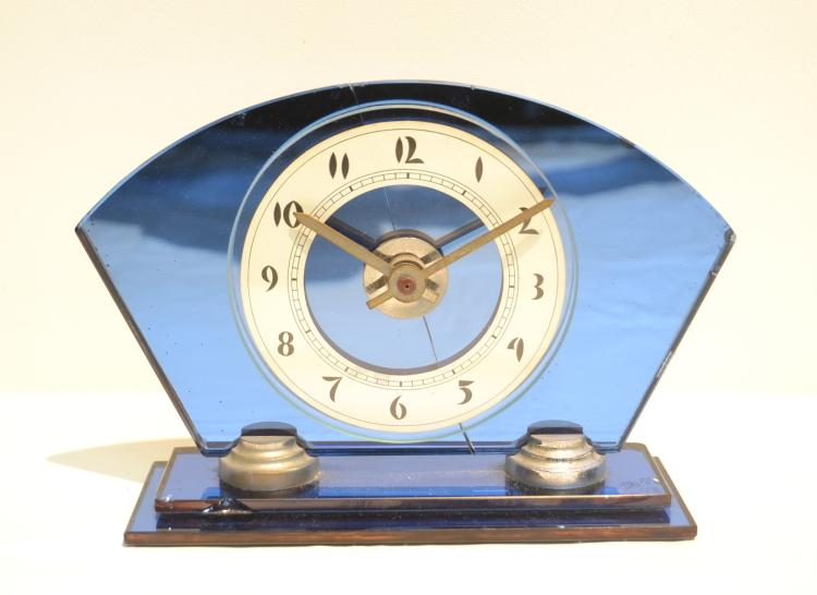 MAJESTIC CLOCK Co. ART DECO BLUE MIRRORED CLOCK