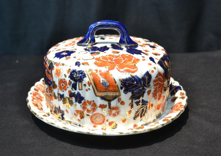 IMARI PATTERN IRONSTONE COVERED CHEESE DISH