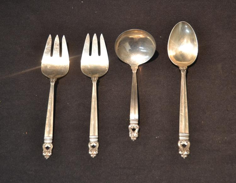 (4) ROYAL DANSK SERVING PIECES - 8 1/2