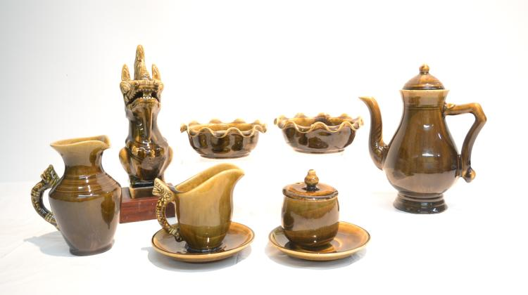 (8) THAI CELADON POTTERY GROUPING INCLUDING
