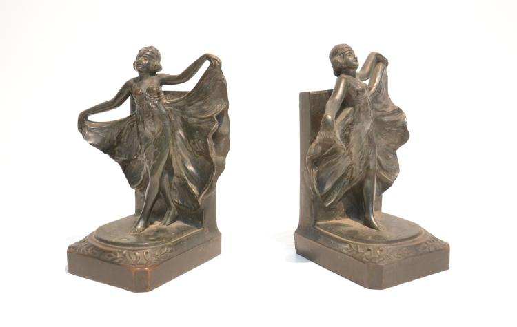 (Pr) DECO STYLE FLAPPER GIRL BOOKENDS