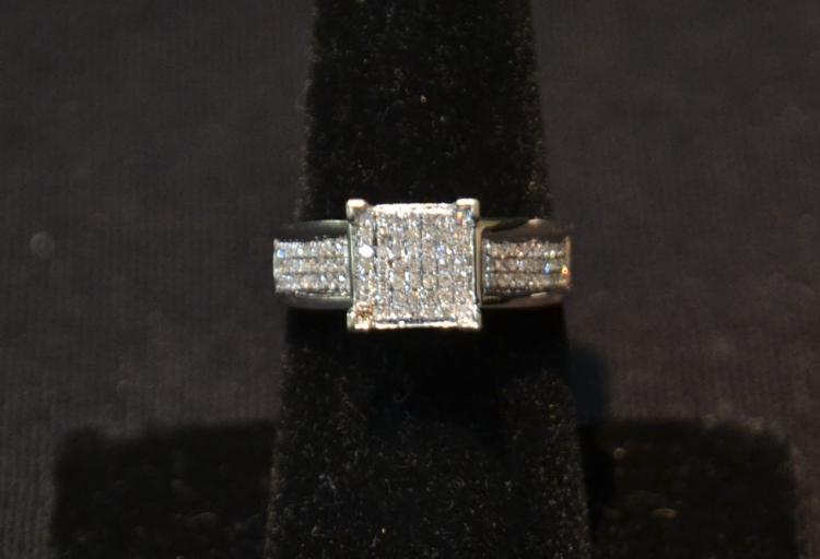 10kt DIAMOND RING ; SIZE 7 3/4