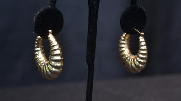 (Pr) 14kt GOLD SWIRL HOOP EARRINGS