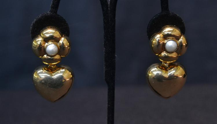 (Pr) 18kt HEART FORM EARRINGS WITH PEARLS