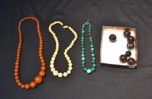 ASSORTED BEADS INCLUDING MALACHITE , AGATE,