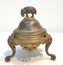 BRONZE JAPANESE SENSOR WITH ELEPHANT FINIAL