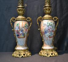 (Pr) BRONZE & CHINESE PORCELAIN LAMPS
